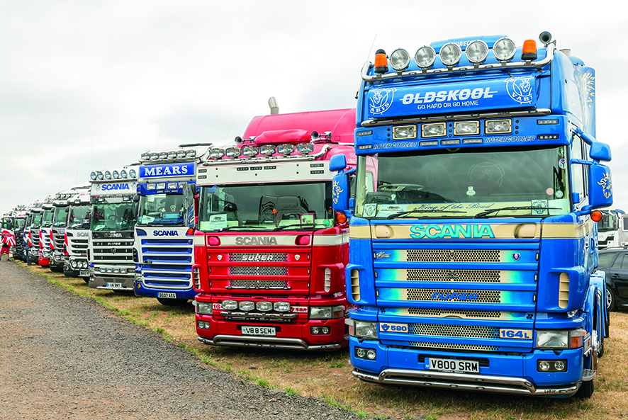 Convoy 2018: enough Scanias for you?